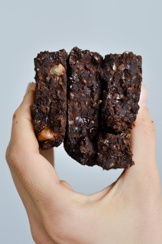Plant-Based Vegan Brownies   Oil-Free, Gluten-Free, Wholesome Ingredients, easy to make recipe