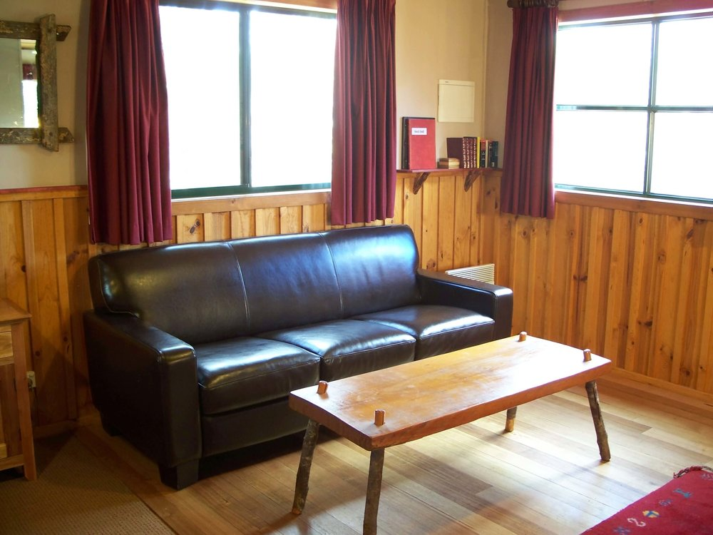Telopea lounge2.jpg