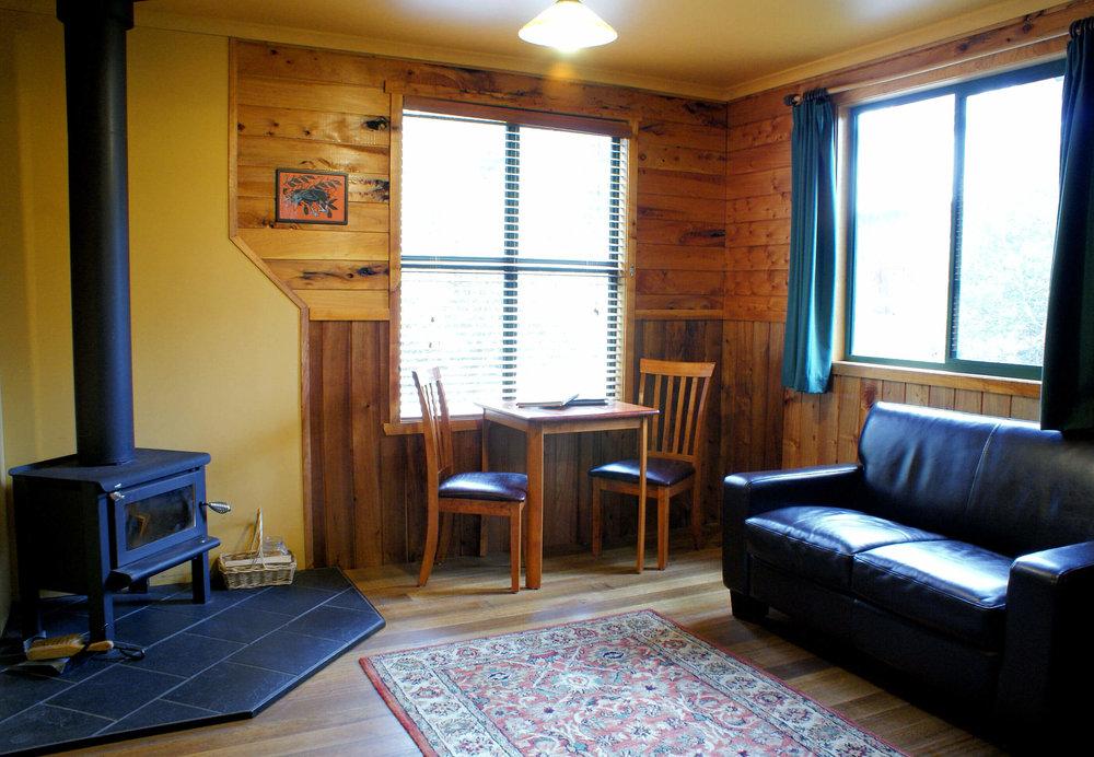 Cradle Mountain Highlanders - Buttongrass Double Cabin