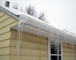 Home Inspector discovers ice dams on home