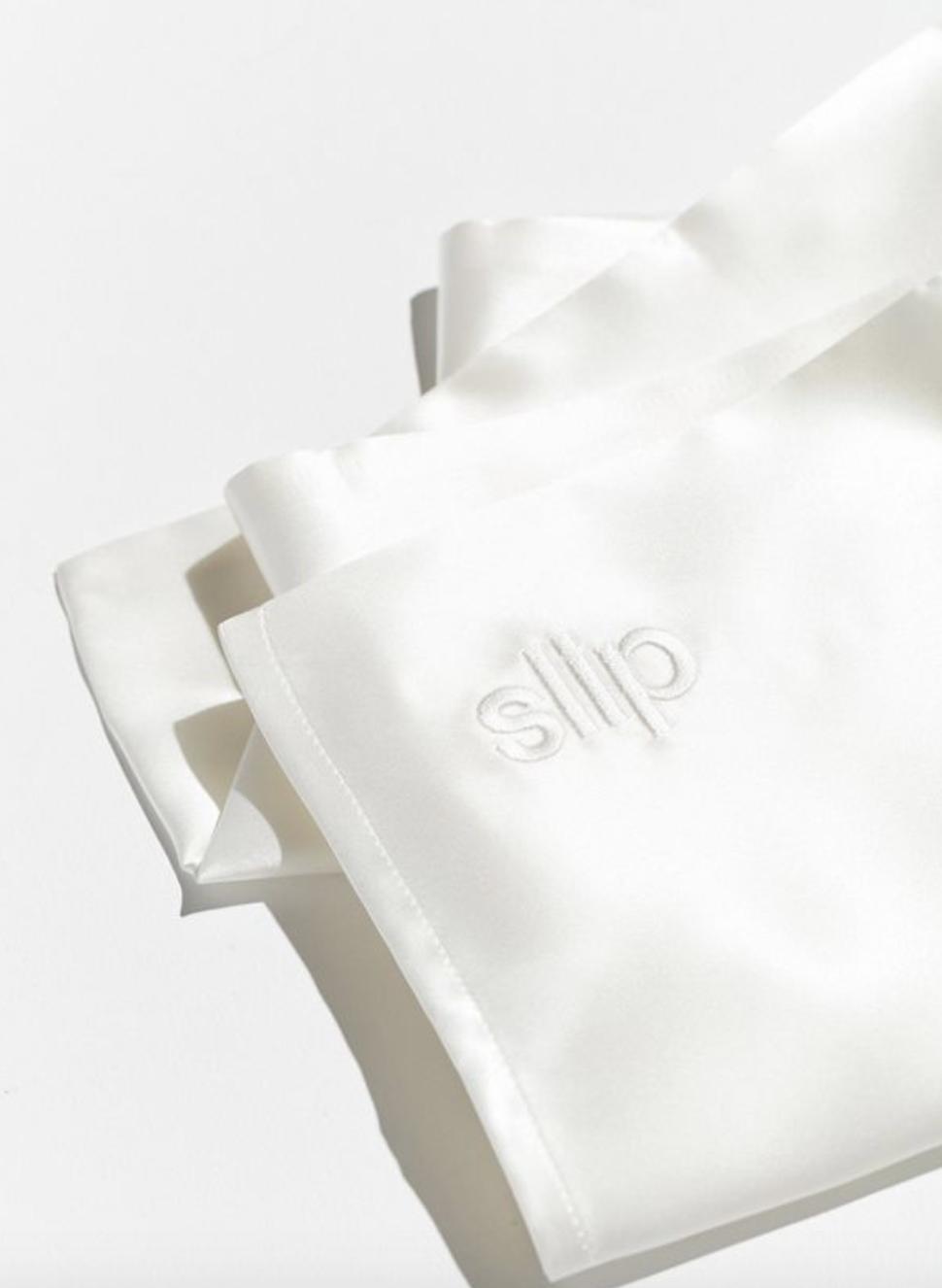 SLIP PILLOWCASE