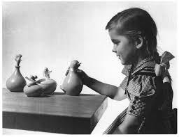 Eva Zeisel - Ohio Potteries Children's Toiletries Utensils, 1949..jpg