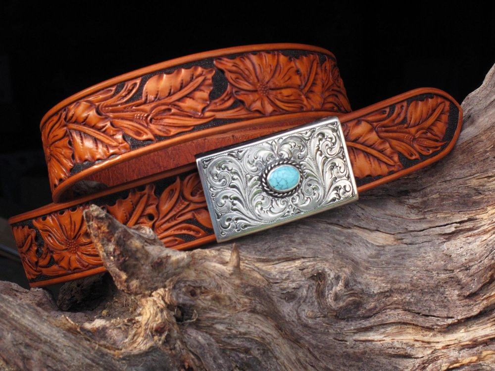 belt with silver king buckle