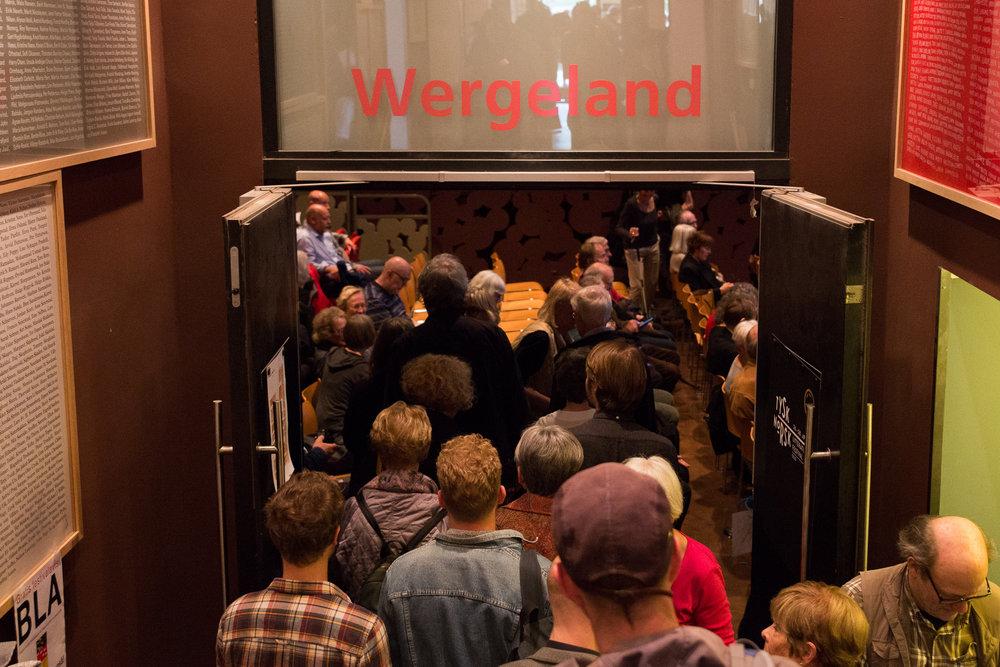 Over 5000 publikummere - Forfatterne fra Sveits, Tyskland og Østerrike ble tatt vel imot under festivalen på Litteraturhuset i Oslo den siste helgen i april.