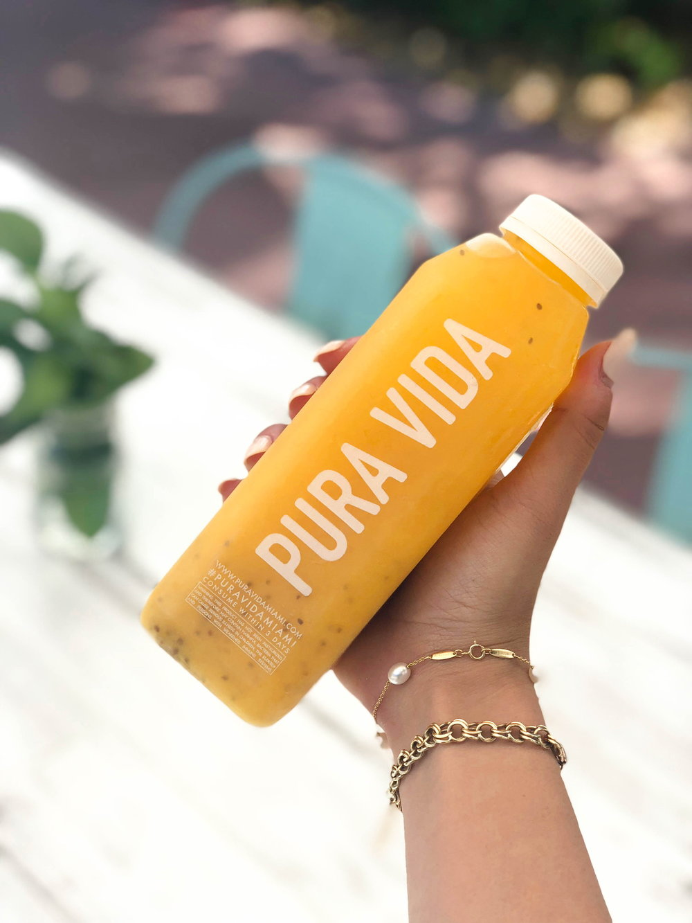 FRESHLY MADE JUICES - good for the soul and your tastebuds too. Made fresh daily, we make our juices in house with our locally sourced fresh fruits and veggies. cheers!
