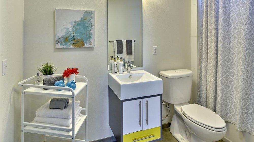 bathroom_large_1400x784_acf_cropped-1024x573-1024x573.jpg