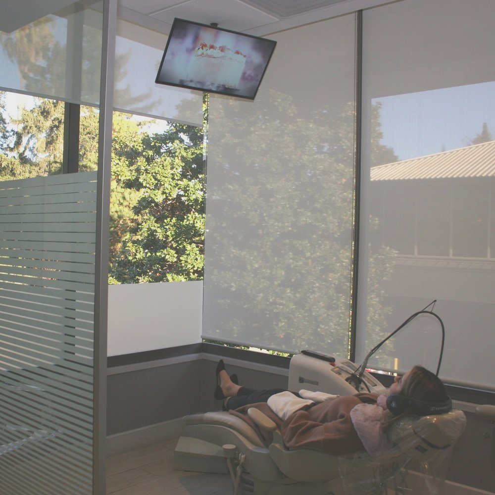 Spa pampering with a paraffin hand treatment, DVD and personal headset