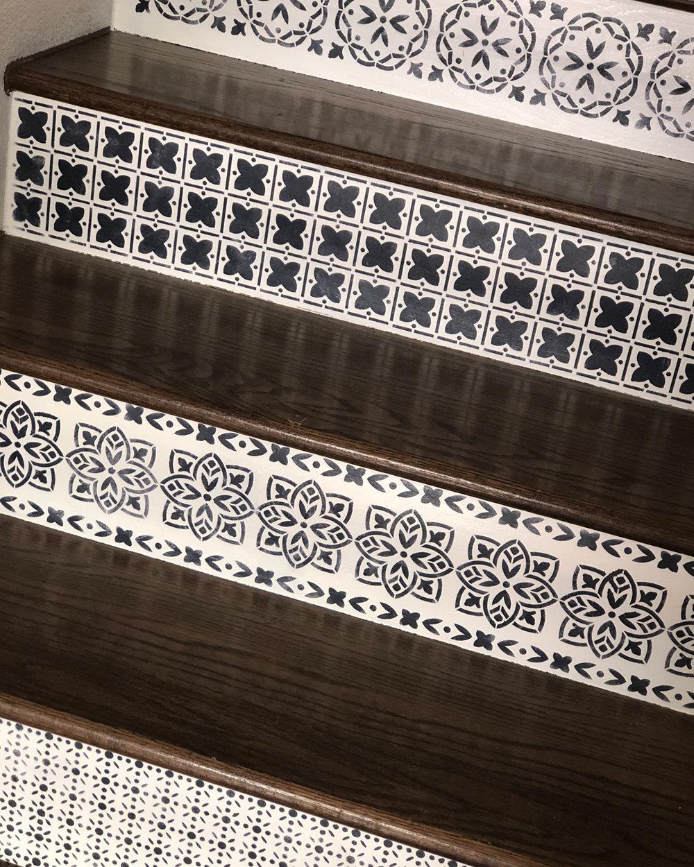 Painted Stairs 13.jpg