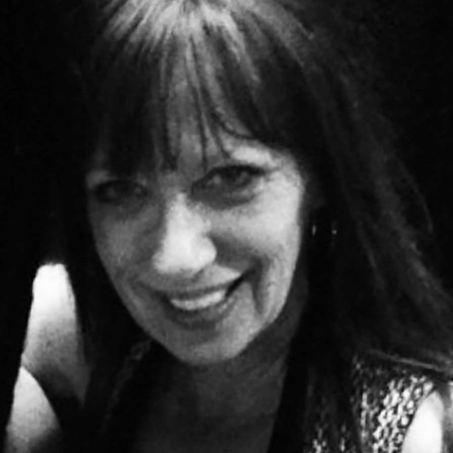 Lady Lea - portrait photographer and digital designer