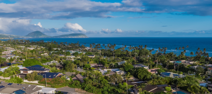 East facing sunrise ocean views and Koko Head Crater with direct trade winds