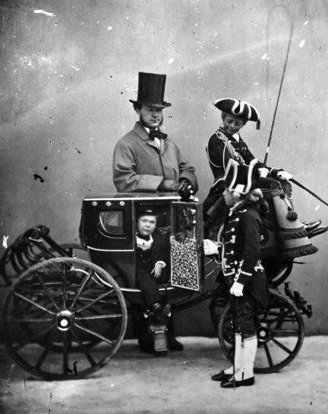 Tom Thumb in carriage given by Queen Victoria