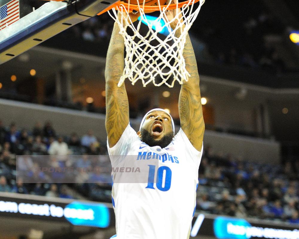 JAN 26; Memphis dominates UCF, win 77-57