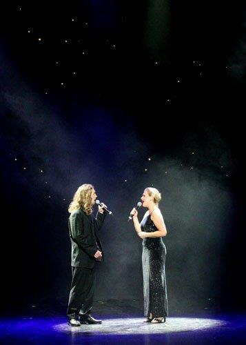 A Harper and M Pike - The Last Night of the World Right Royal Gala 07.jpg