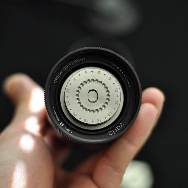varia hand grinder incremented grind settings.jpeg