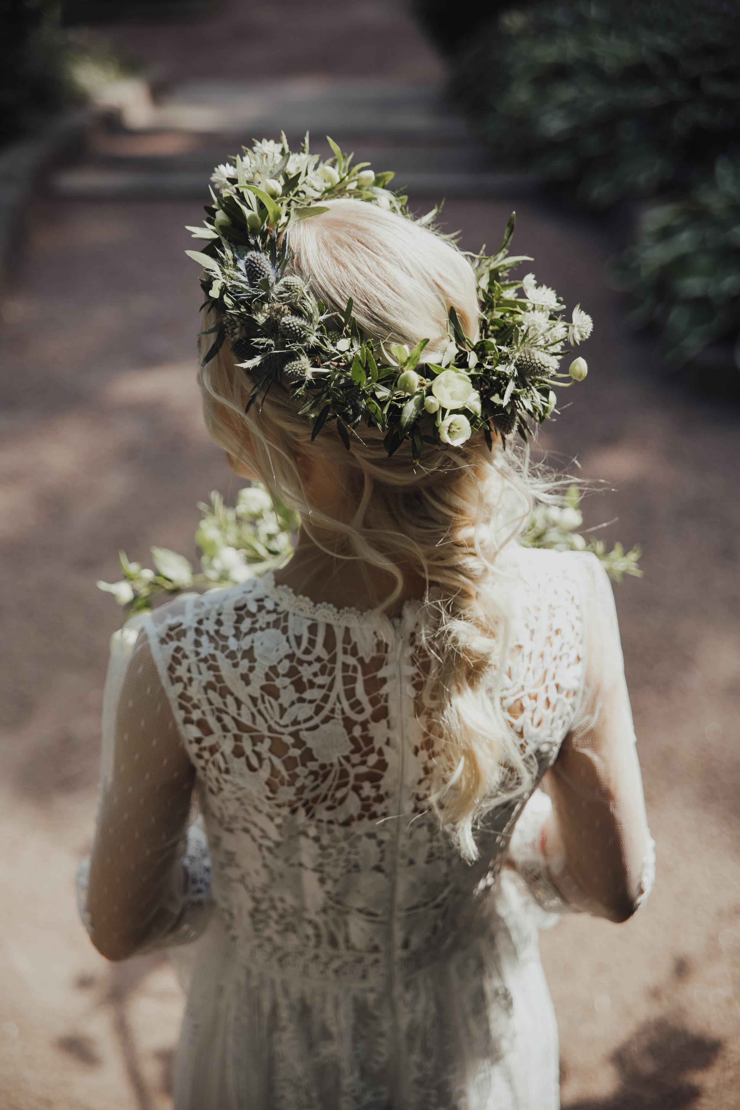 Morsiammen kukkaseppele, hiuskukat, hääkoristeet, morsiusidonta, Bridal Flowers, flower crown