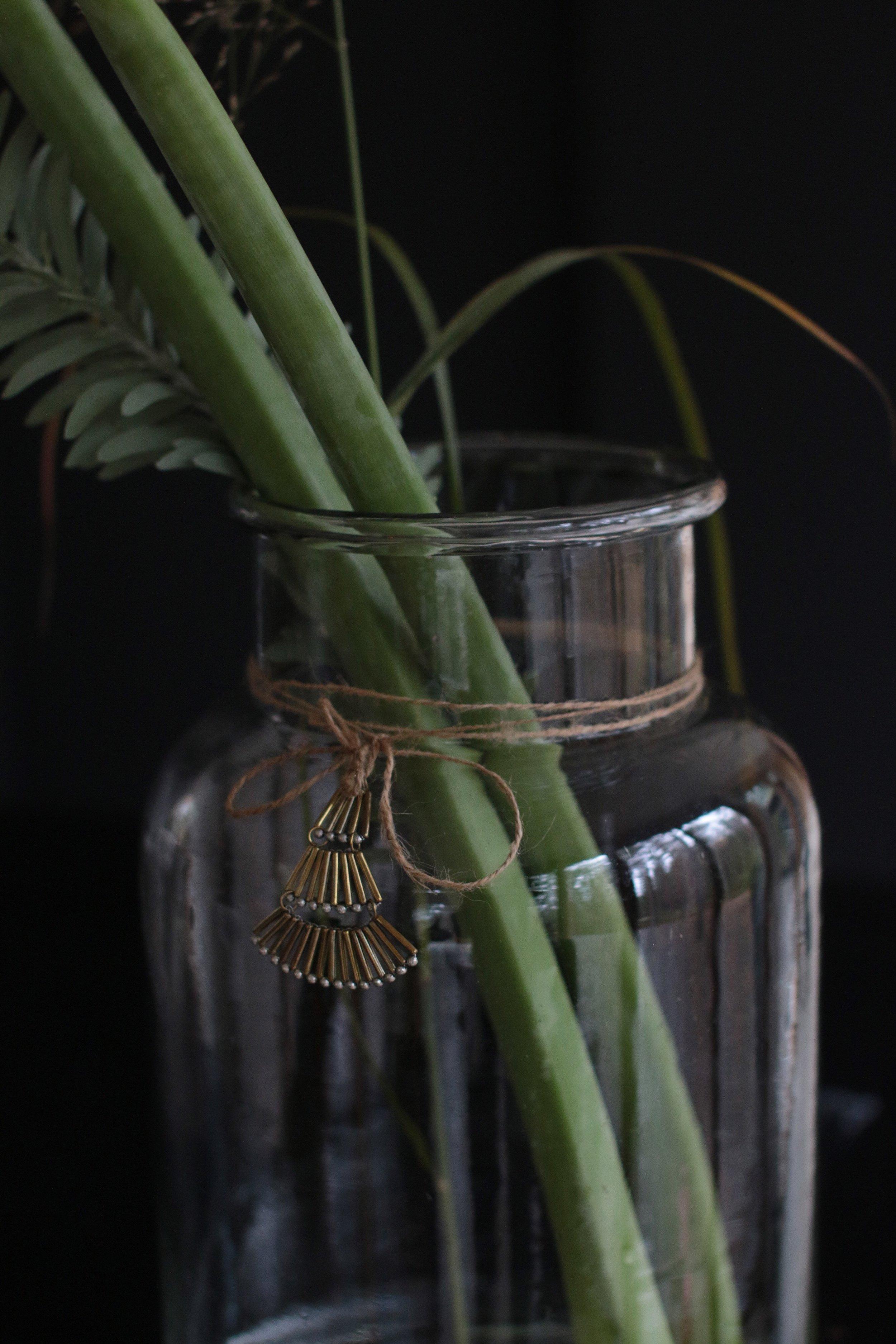 Eleettömät koristeet maljakoihin