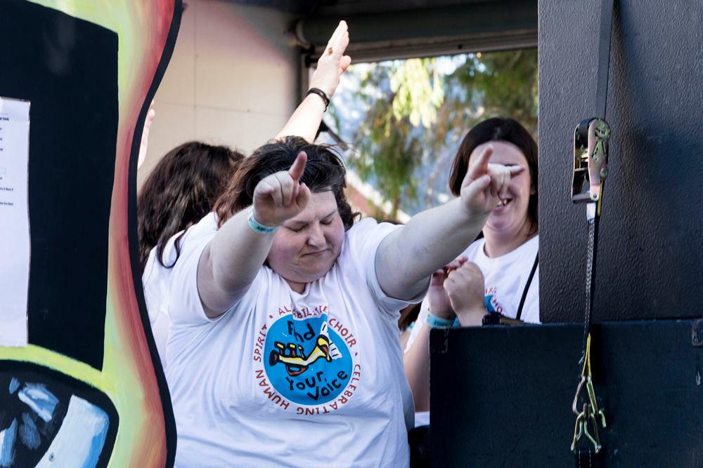 Kerry rock hands! (Landreth Images).jpg
