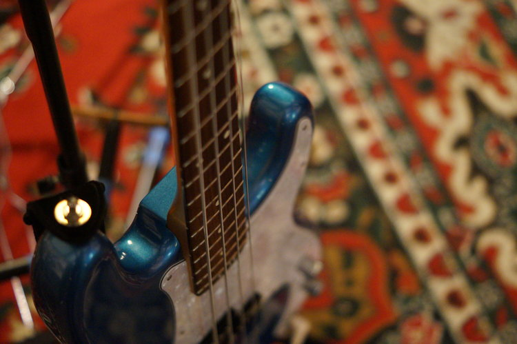 Bass guitar - Dive into the depth of sound with style. Carry the low end of the jam and rock out in style.