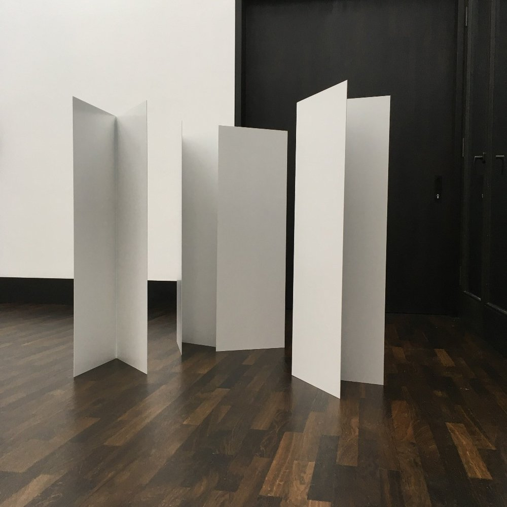Kirstin Arndt,  Untitled , 2015, stainless steel (1mm), powder-coated (signal white), per module 120 x 40 x 40 cm