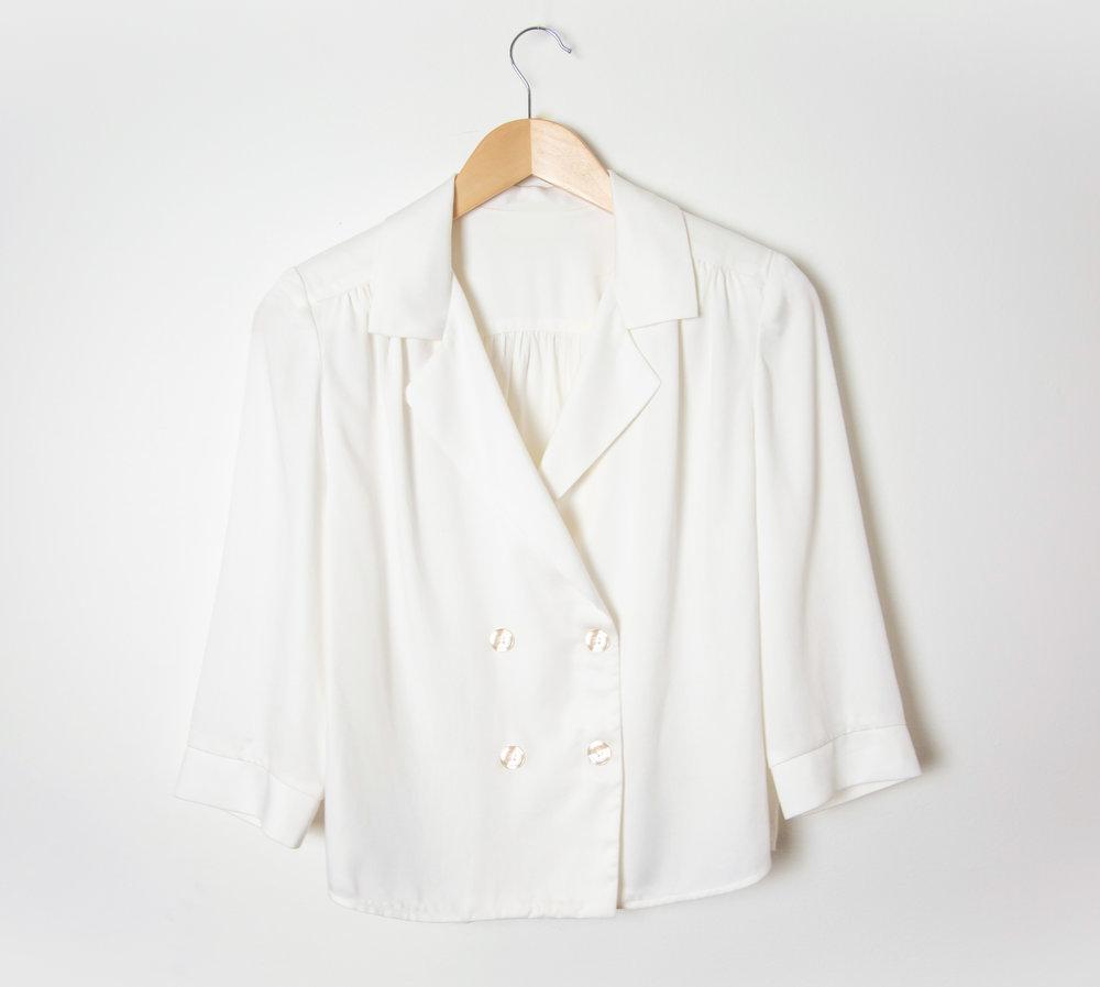 Our fav' - Notre chemise Mona semble vous avoir conquises, elle est désormais disponible immédiatement !