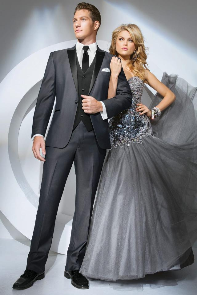 RENT YOUR TUX - Looking to rent a killer designer tux for your wedding day, prom or event? Click below for a measurement appointment at our showroom! We offer pick up and ship straight to you!