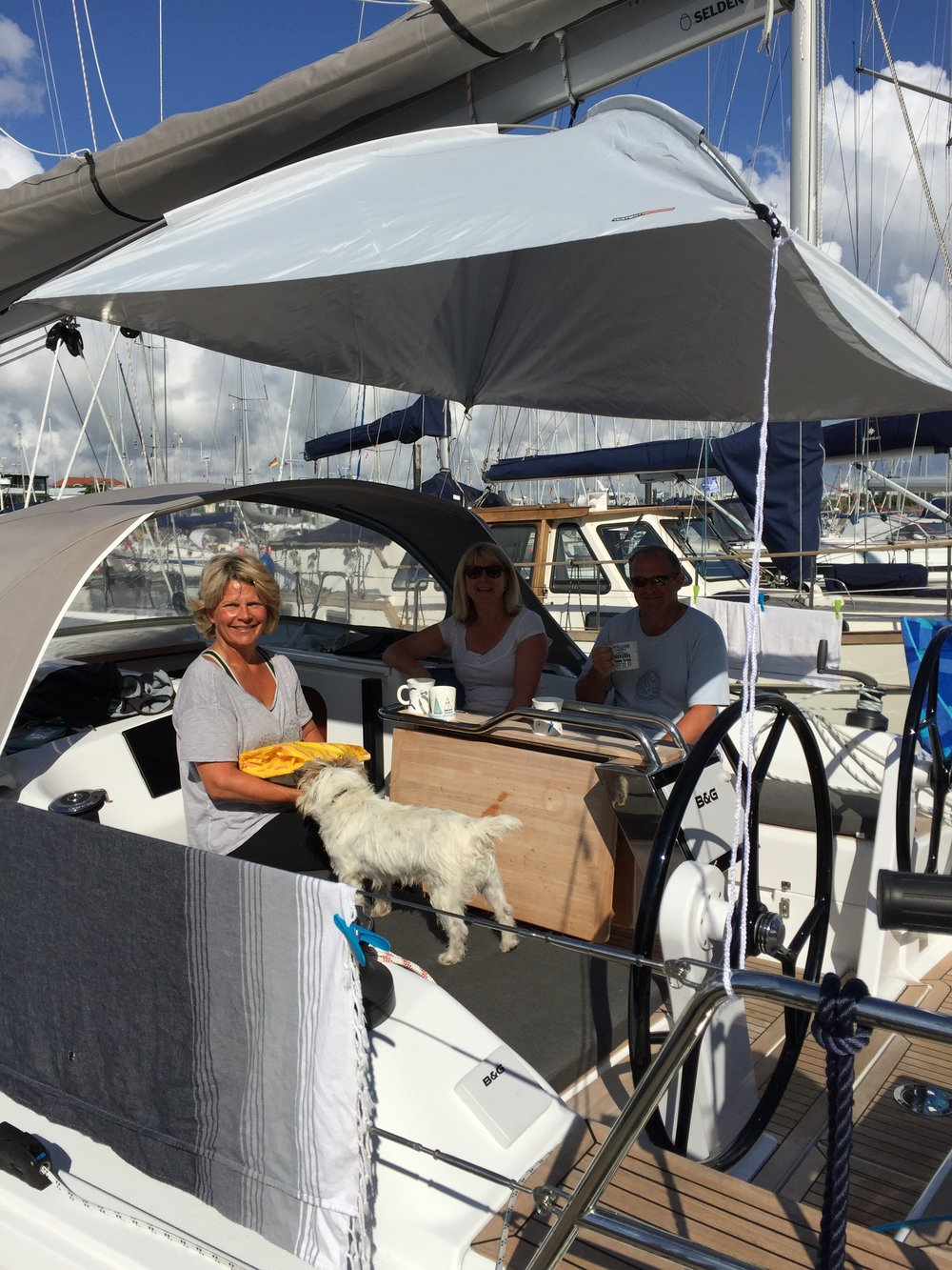 Breakfast in the sun under the new canopy & A Day Boat Cleaning u0026 Fixing u2014 Blue Sky Skippers
