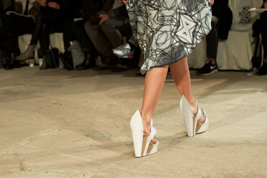 fashion-week-poland-off-baiba-ladiga-wiosna-lato-2015-fot-lukasz-szalag-3.jpg