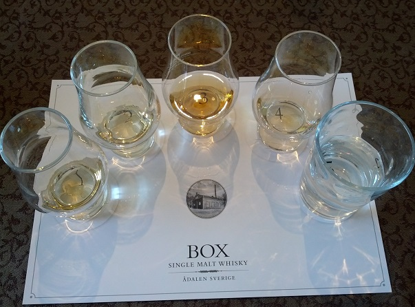 Box_whiskysmaking