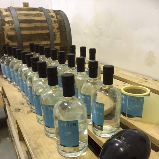 Myken Arctic Dry Gin - bottling