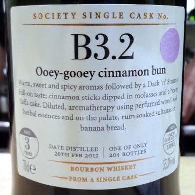 b3-2_ooey-gooey_cinnamon_bun.jpg