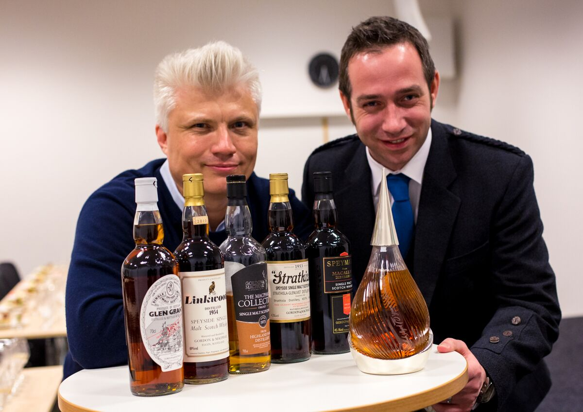 Tasting the world's oldest whisky - Thomas Kuuttanen and Stuart Urquhart