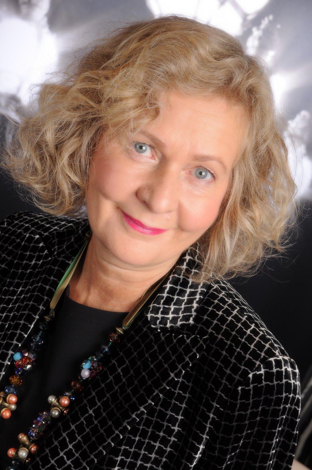 Dr. Renate Jost