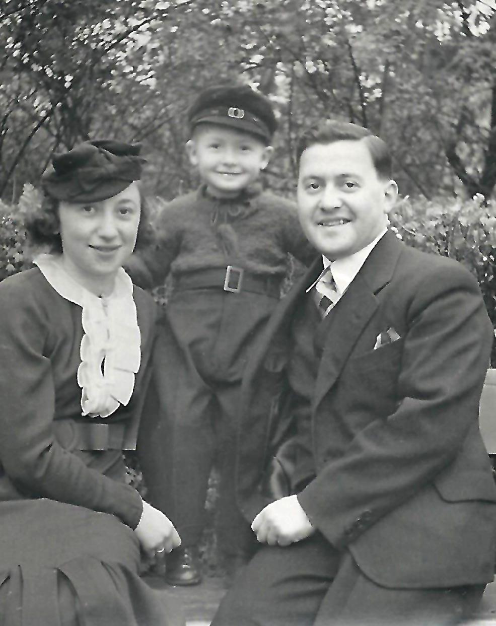 Rudi Ceslanski kurz vor der Trennung von seinen Eltern. Foto: privat