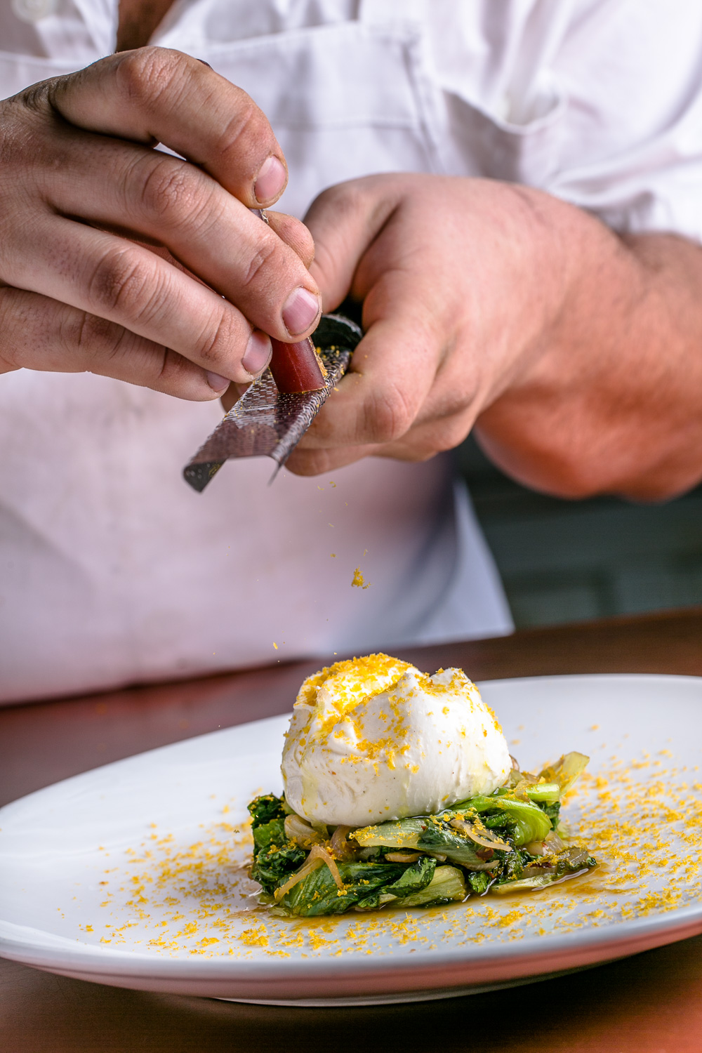 8Arm-Burrata-Preparation-Erik-Meadows