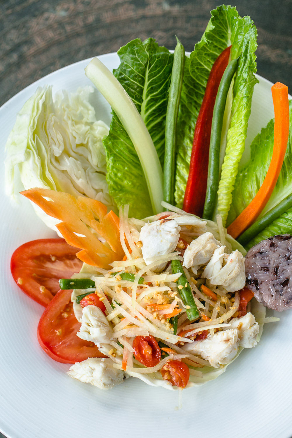 Nan-Thai-Fine-Dining-Chicken-Salad-Erik-Meadows