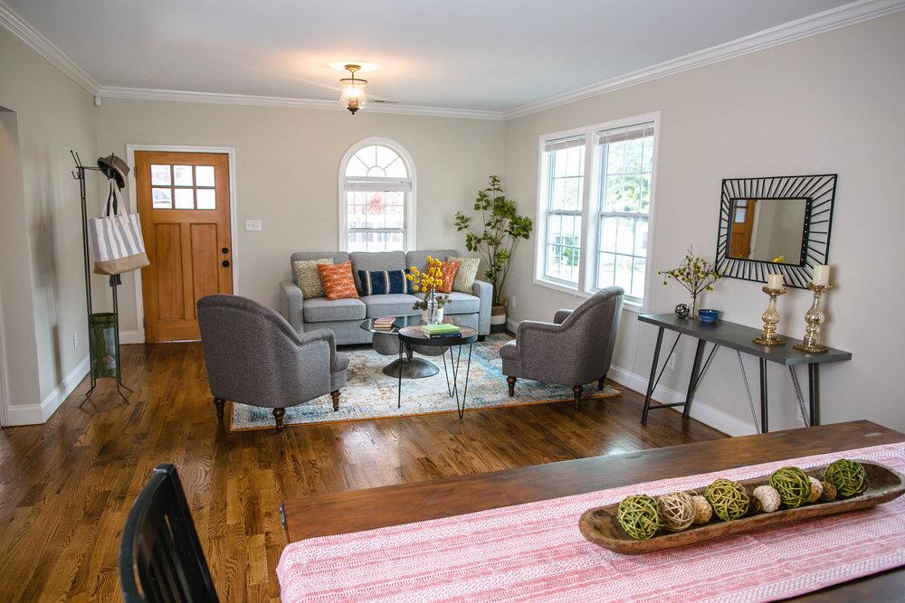 Atlanta-Living-Room-Erik-Meadows