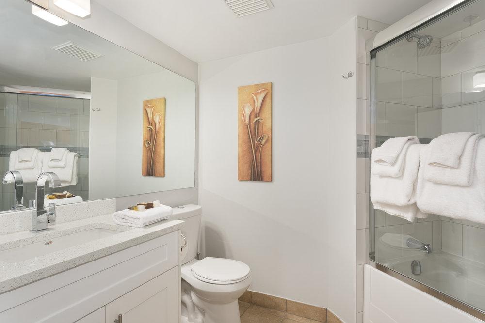 M248 Bath 1.jpg