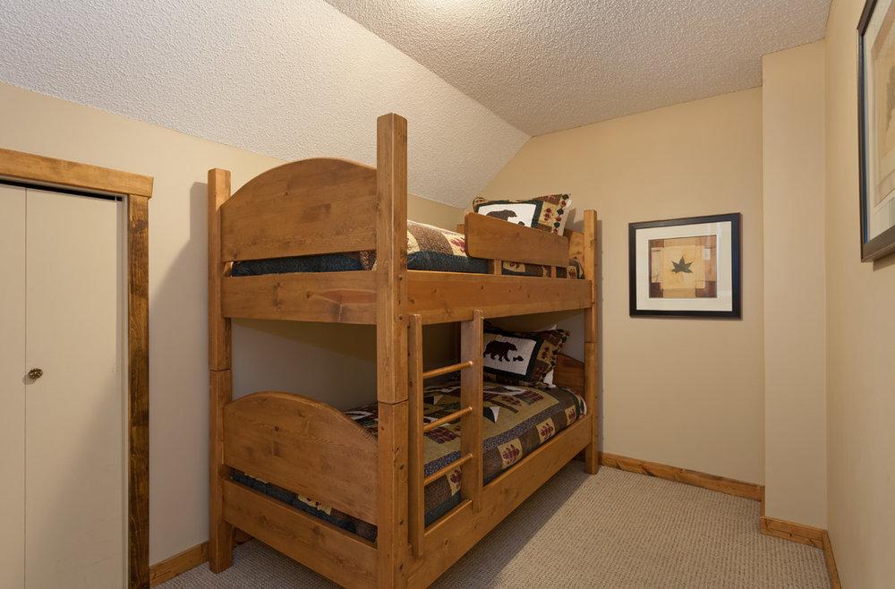 G11-Bedroom-3.jpg