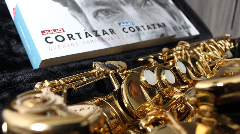el perseguidor - El delirante cuento de Julio Cortázar inspirado en Charlie Parker, el saxofonista de jazz creador del Bepop.Ilustración: @elviejohugo