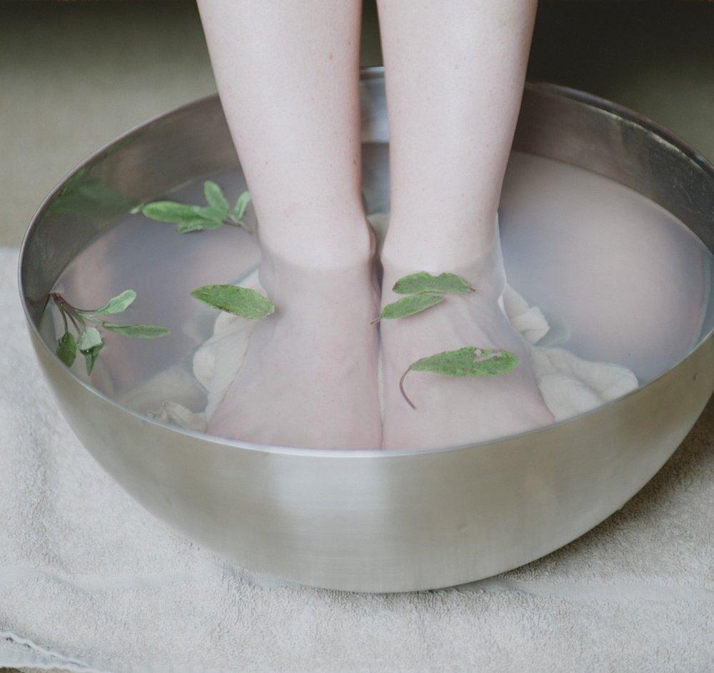 DIY Magnesium Soak - The Foot Bath