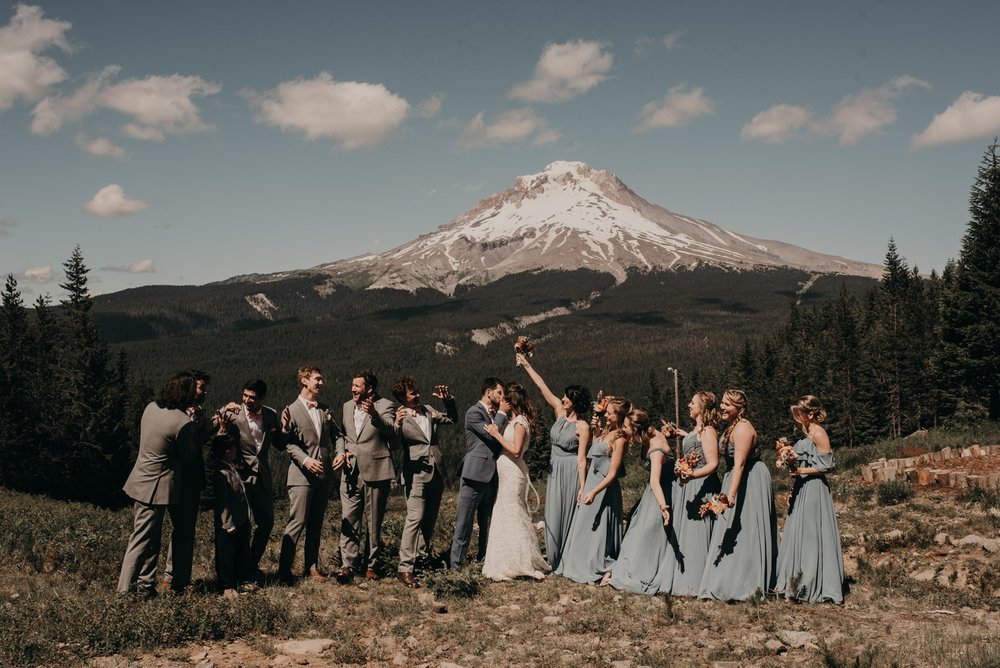 Olivia_Kyle_Mt_Hood_Wedding_0270.jpg