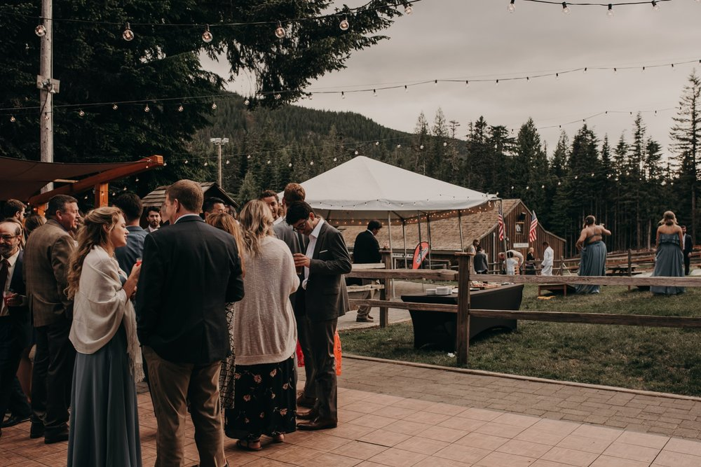 Olivia_Kyle_Mt_Hood_Wedding_0308.jpg