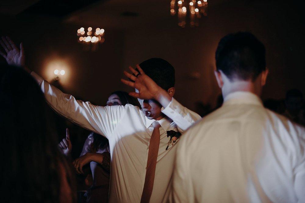 Abby_Andrew_Scottsdale_Arizona_Wedding_0879.jpg