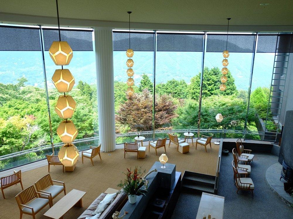 lobby+lounge+area.jpg