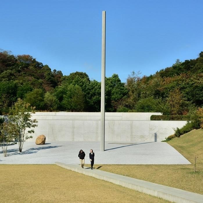 naoshima architecture pillar outdoors