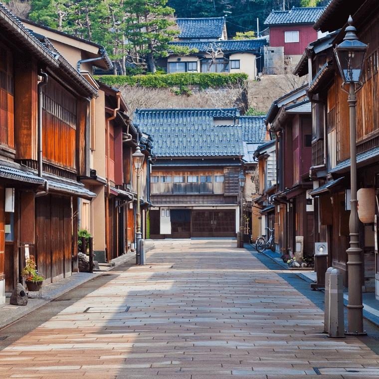 kanazawa higashichaya street