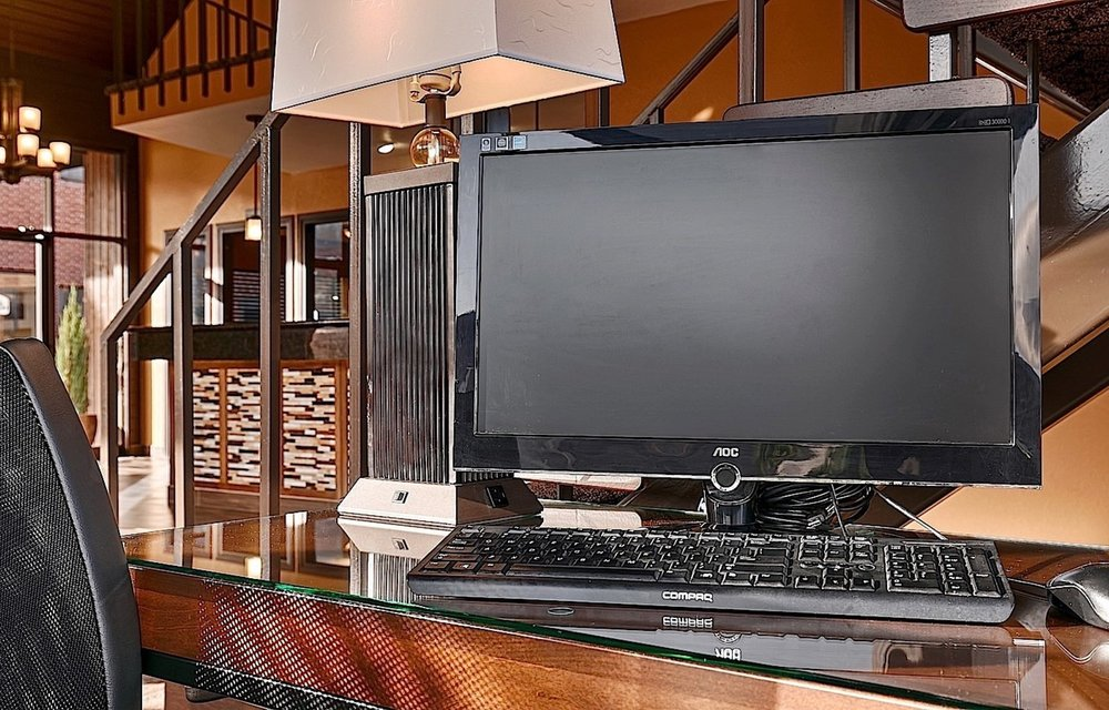 Business_Center.jpg