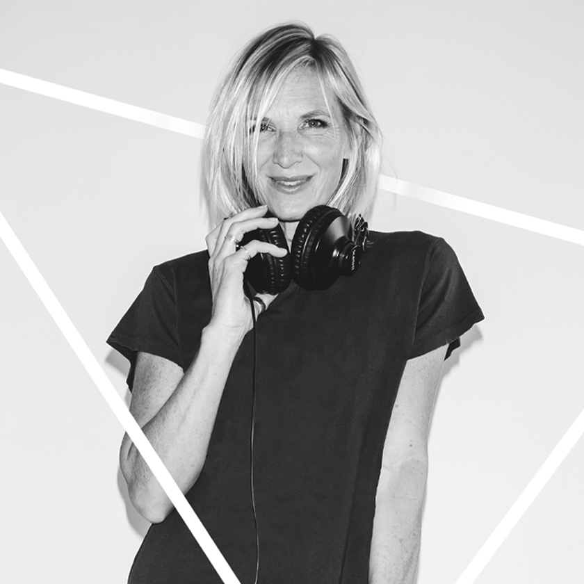 Jo Whiley -