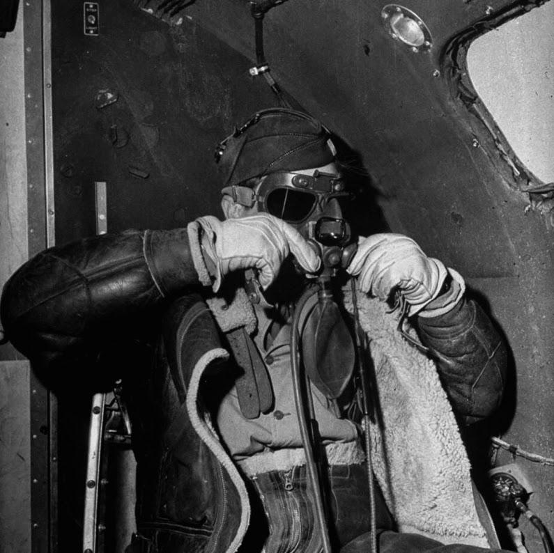 9-artillero-bombardero
