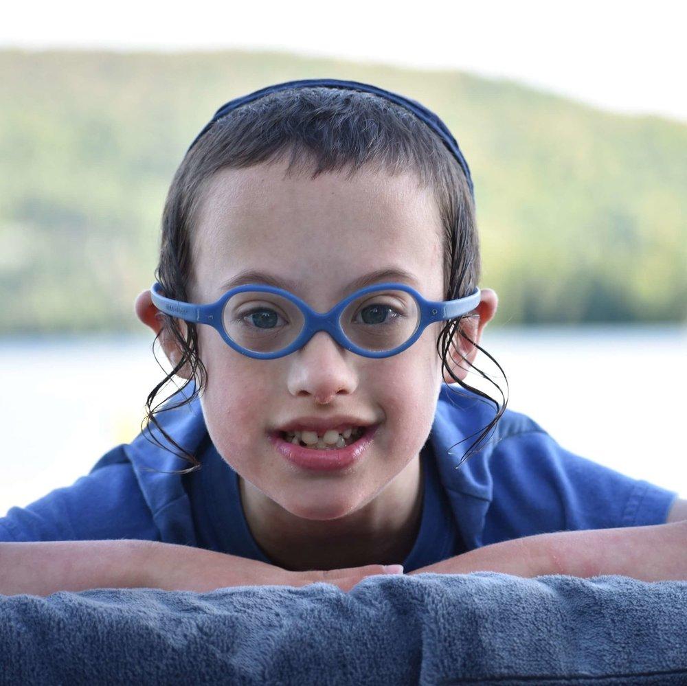 Camp d'été - Notre camp d'été offre à des enfants présentant des besoins particuliers une expérience amusante et éducative.